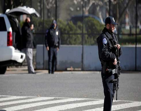 مقتل رجل يرتدي سترة واقية برصاص الشرطة في هوليوود (فيديو)