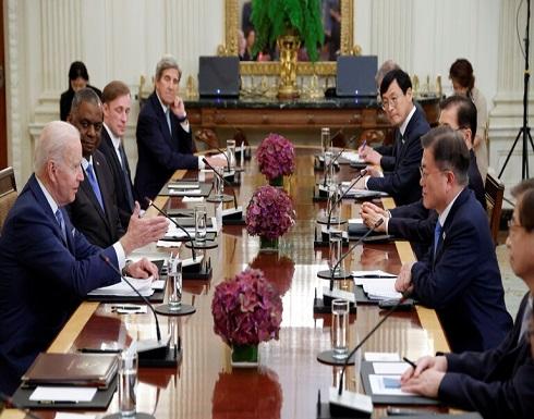 مون يتعهد بالعمل مع الولايات المتحدة لنزع السلاح النووي من شبه الجزيرة الكورية