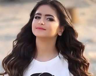 """بالفيديو- هذا ما قامت به حلا الترك بسبب مشترك """"ذا فويس"""".. وما قالته لأحلام يثير ضجة"""