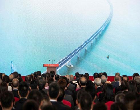 رئيس الصين يفتتح أطول جسر مائي في العالم (شاهد)