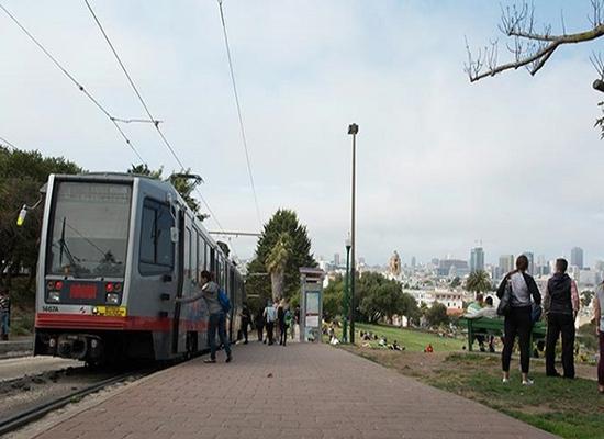 مخترقون يعطلون أنظمة السكك الحديدية في سان فرانسيسكو