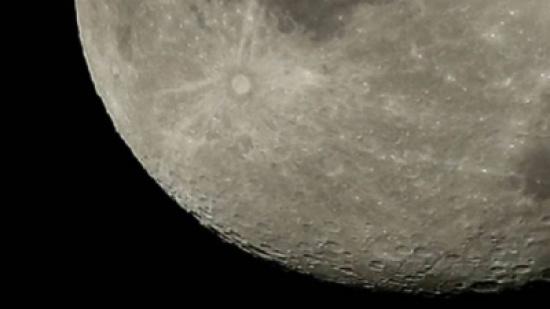 ناسا تبحث إنشاء مستوطنة من الروبوتات على القمر