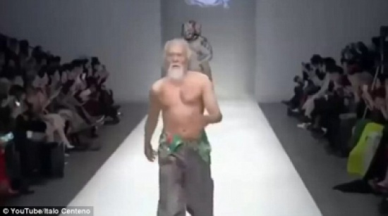 بالفيديو و الصور.. صينى يبدأ العمل كعارض أزياء في سن الـ 79