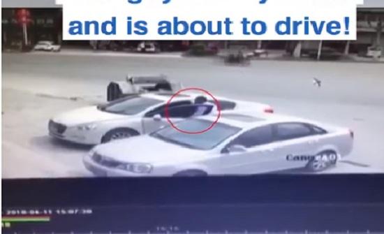 مخمور متهور يدفع ثمن إصراره على قيادة سيارته (فيديو)
