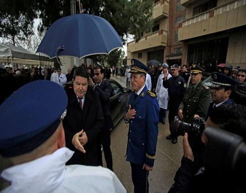 الجزائر: اللواء عامل يتهم جنرالين سابقين بالتورط مع بارون المخدرات