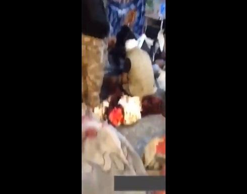 بالفيديو : إختطاف و تعذيب متظاهرين وسط بغداد