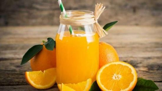 نصيحة .. اشربوا عصير البرتقال في الصباح
