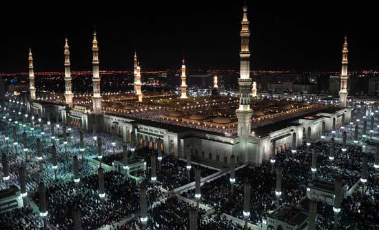 السعودية تطلق خطة أمنية خاصة لحماية زوار المسجد النبوي