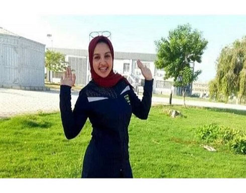 وجدت نفسها بالملابس الداخلية.. طالبة مصرية تلقن خاطفها درسا وتعود لأسرتها