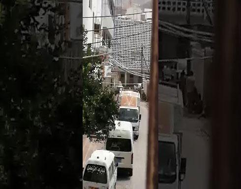 شاهد : اشتباكات بالقرب من مسجد الرحاب بكريترفي اليمن