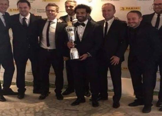 بالفيديو: المصري محمد صلاح يتوَّج بجائزة أفضل لاعب في الدوري الإنجليزي