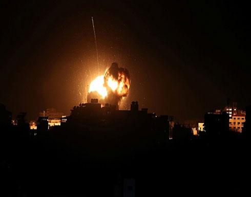 بالفيديو : الطيران الإسرائيلي يستهدف مواقع في غزة.. وإطلاق صاروخ آخر من القطاع
