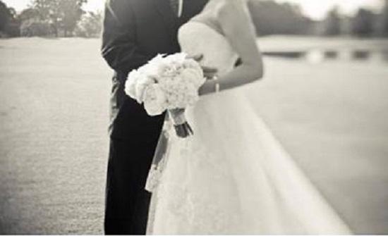 أب أسترالي  يقتل ابنته وعريسها بعد زفافهما