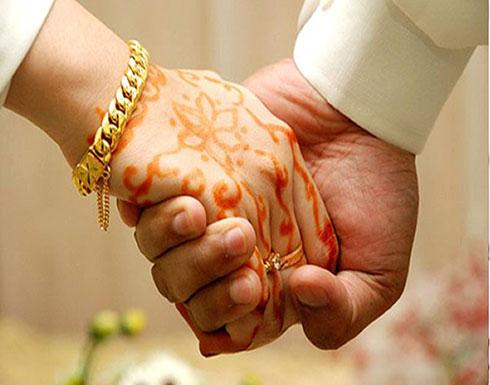 عربية  تطلب الخلع لأنها تريد زوجًا قاسيًا شديدًا