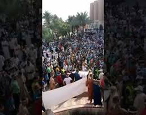 تظاهرات في ورقلة الجزائرية.. والمحتجون يهددون بالتصعيد