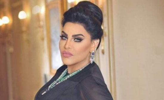 فيديو ظريف تظهر فيه أحلام وهي تتعارك مع أبلة فاهيتا من أجل زوجها