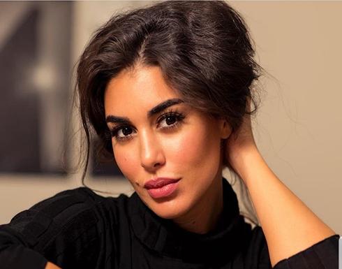 ياسمين صبري … تقلد فيفي عبده وريهام سعيد بطريقة كوميدية جداً !!
