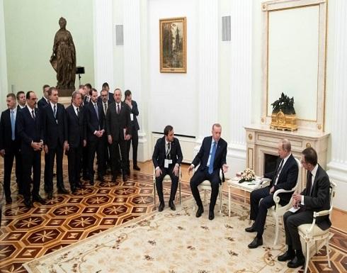 إيكونوميست: الرد التركي كان حاسما ضد نظام الأسد.. ولا أحد يملك الحل لإدلب والعالقين فيها