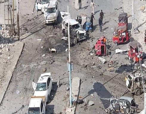 شاهد: قتلى وجرحى في تفجير انتحاري قرب القصر الرئاسي بمقديشو