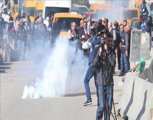 عشرات حالات الاختناق بالغاز الإسرائيلي شمالي القدس والضفة
