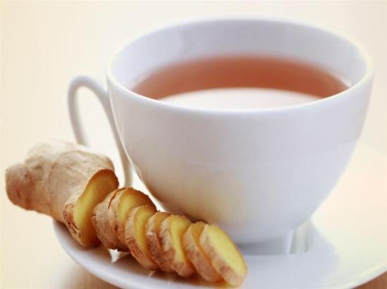 شاي الزنجبيل قبل الطعام يمنع الشعور بالامتلاء