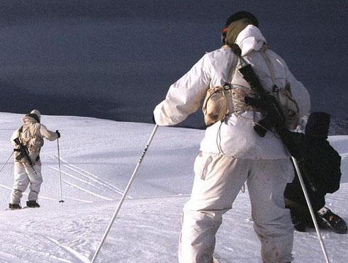 وحدة كوماندوز إسرائيلية للقتال في جبل الشيخ فوق الثلوج