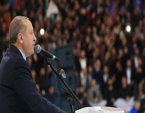 """أردوغان يتوعد بمواصلة مداهمة جحور """"غولن"""" الإرهابية"""