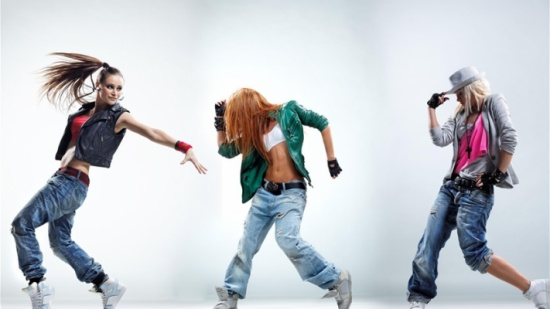هذه الحركات تساعدكم على تقييم مدى براعة النساء في الرقص!
