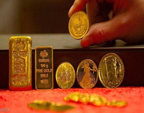 مع قوة الدولار.. الذهب قرب أقل مستوى في أسبوعين