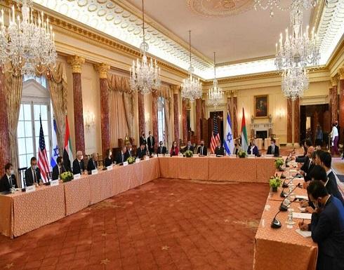 لابيد: إسرائيل تحتفظ بالحق في التحرك ضد سعي إيران لامتلاك قنبلة نووية