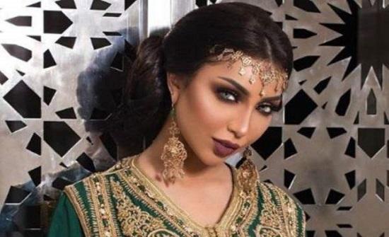 دنيا بطمة تدافع عن ملكة جمال الجزائر بعد موجة الانتقادات التي طالتها