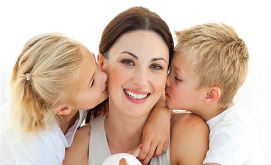 النساء مصدر الخير.. الذكاء ينتقل إلى الأبناء عن طريق الأمهات