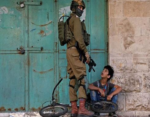 المتحدث بلسان الجيش الإسرائيلي: استمروا بإطلاق النار على الأطفال الفلسطينيين