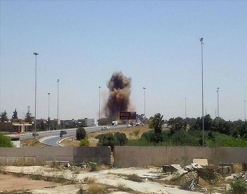 ليبيا.. طيران مجهول الهوية يقصف قاعدة الوطية الجوية