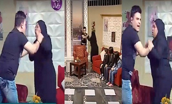 بالفيديو.. ممثلة مصرية تضرب مذيع على الهواء وسط ذهول الحاضرين