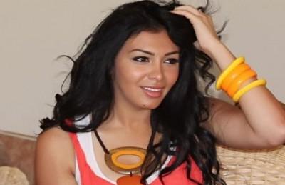 القبض على الفنانة المصرية ميرهان بتهمة التعدي على الشرطة وماذا علق الصاوي