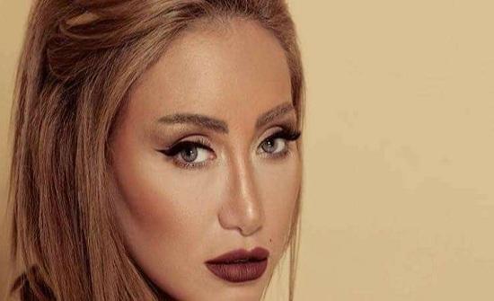 بالصور والفيديو - ريهام سعيد تتحول الى وفاء الكيلاني