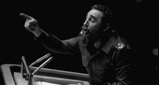 وفاة فيدل كاسترو زعيم الثورة الكوبية بعمر 90 عاماً