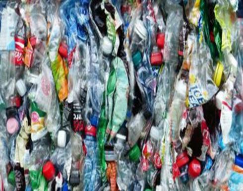 لأول مرة.. تحويل زجاجات المياه البلاستيكية إلى أطراف صناعية