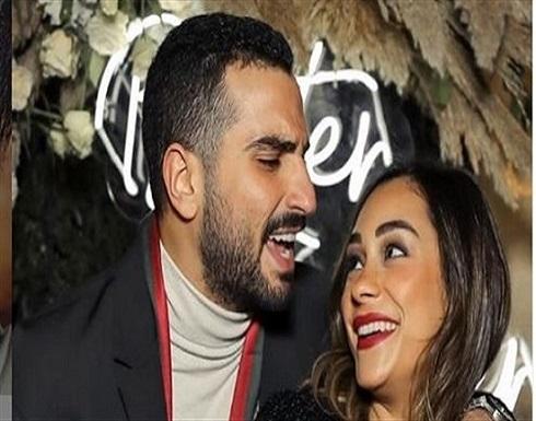 بكاش مايوه .. شاهد أول ظهور لـ زوجة محمد الشرنوبى بعد عقد قرانهما