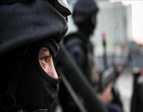 السلطات المصرية توقف صحفيا بارزا عقب هدم منزله