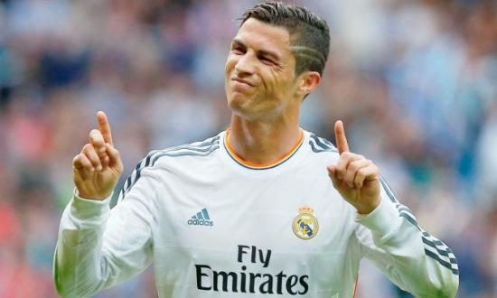 لم يكتفِ بالفوز.. كريستيانو يسخر من نجوم برشلونة