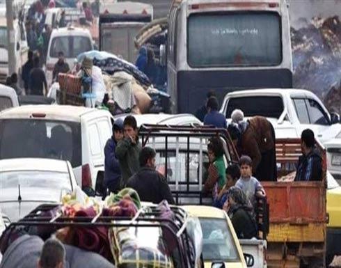 مئات المدنيين يغادرون عفرين