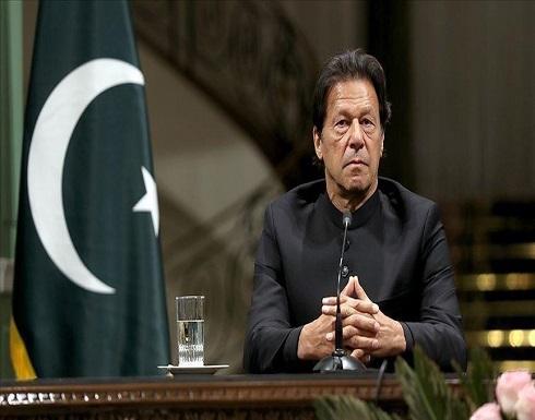 باكستان.. عمران خان يتجه لطلب ثقة مجلس الشيوخ