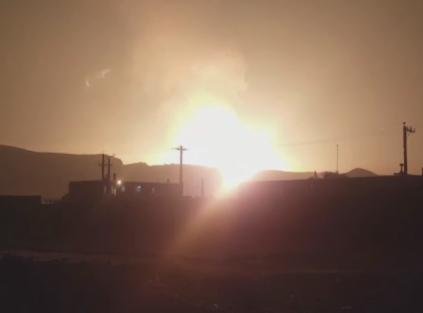 شاهد.. انفجار ضخم لأنبوب غاز في إقليم الأحواز