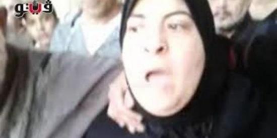 والدة لاعب إسكندرية بعد إحالة أوراق القتلة للمفتي: «وحشنى حضنه»(فيديو)