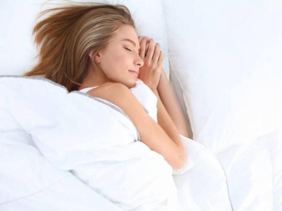ريجيم النوم: هل يمكّنك من خسارة الوزن؟! دراسة تجيب