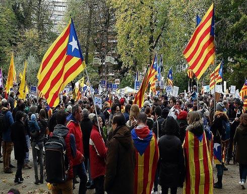 المئات يتظاهرون في بروكسل ضد توقيف إسبانيا سياسيين من كتالونيا