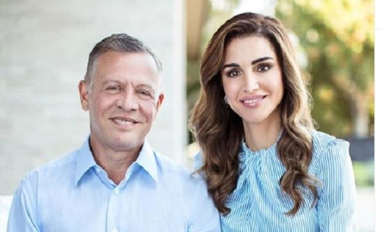 الملكة رانيا للملك : كم انا محظوظة بقربك - صورة