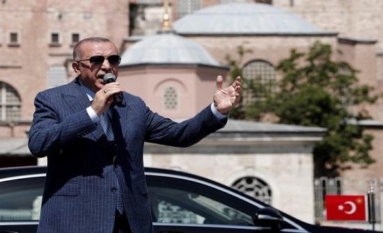 """قبرص تعتبر زيارة إردوغان إلى مدينة فاروشا """"استفزازا غير مسبوق"""""""